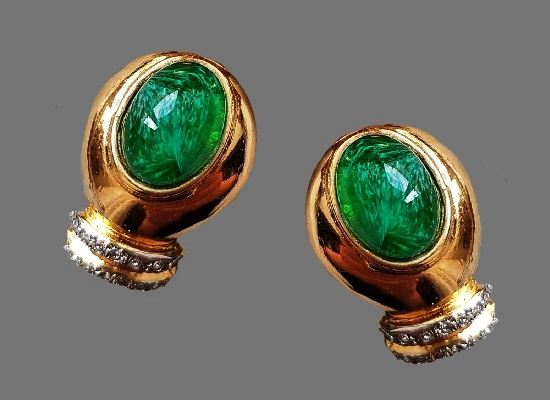 Green glass rhinestones gold tone clips. 1960s