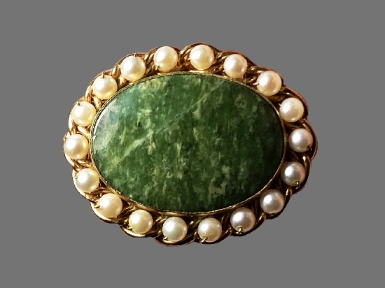 Green stone faux pearls 12 K gold filled oval shaped brooch pendant