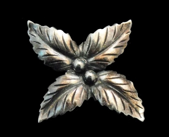 Holly Berries Leaves Vintage Brooch. 830 sterling silver