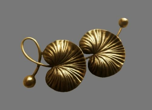Lily pad sterling silver brooch. 1930s