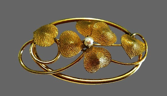 Lucky four leaf clover 12 K gold filled pearl brooch