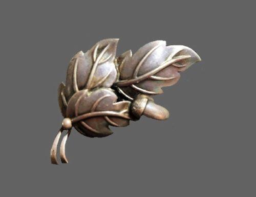 Oak leaf acorn sterling silver brooch