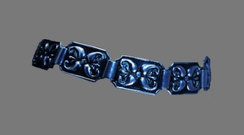 Ornamental design chain bracelet. 830 silver