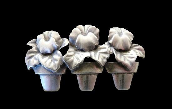 Pot flowers pewter brooch