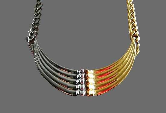 Silver and gold tone vintage necklace. 1990s