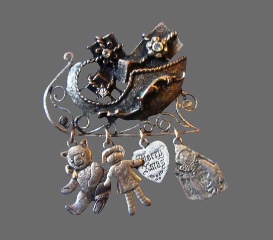 Sleigh Sled Dangling Toys Pin. Pewter tone, rhinestones