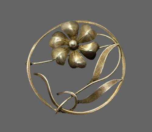 Sterling silver flower in circle brooch