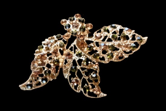 Three leaf rhinestone brooch