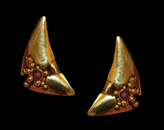 Triangle shaped gold plated pink cabochon modernist design clip on earrings