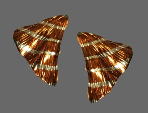 Triangular post earrings. Mixed metals silver and copper