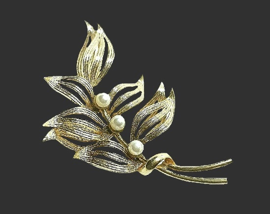 12 K gold filled faux pearl Leaf branch pin