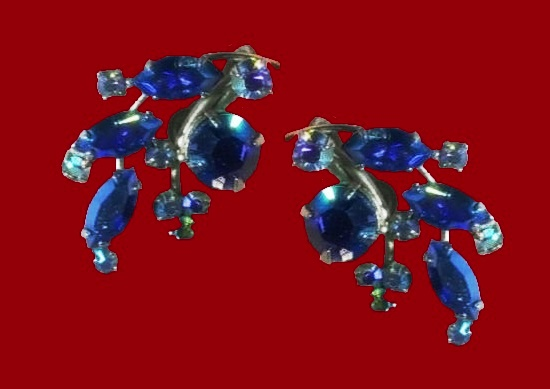 Blue rhinestone floral design silver tone clip on earrings