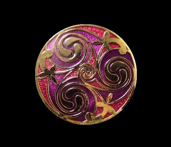Enameled Celtic design brooch. 3.5 cm