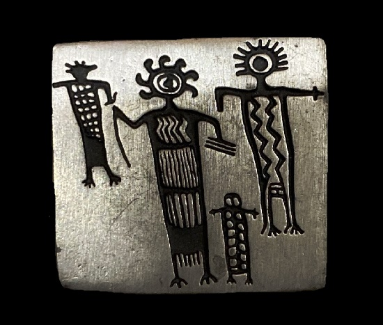 Family tribal design 1998 pewter brooch