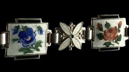 Floral design gorgeous sterling silver enamel bracelet, detail