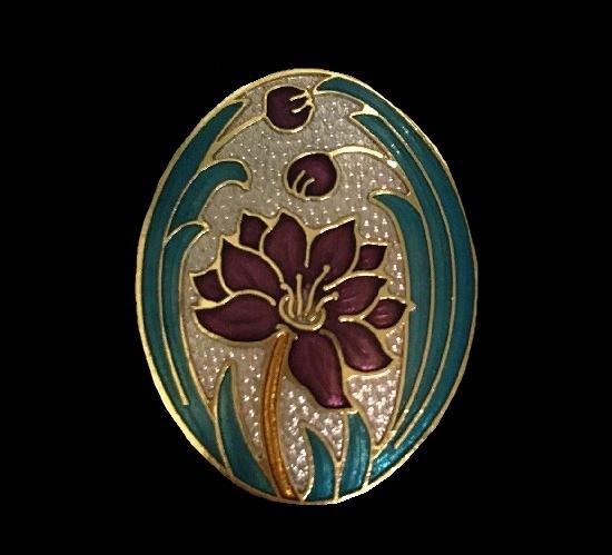 Flower oval shaped brooch. Metal alloy, enamel. 4 cm
