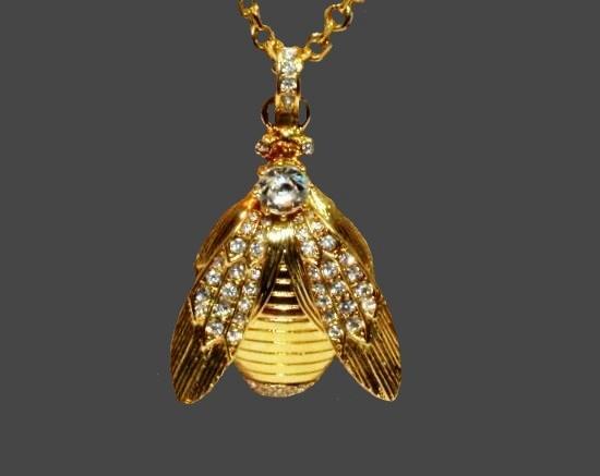 Fly Bug gold tone rhinestones pendant