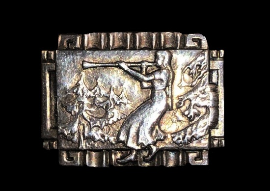 Lady with flute 830 silver brooch
