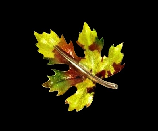 Maple leaf brooch. Gold tone alloy, enamel