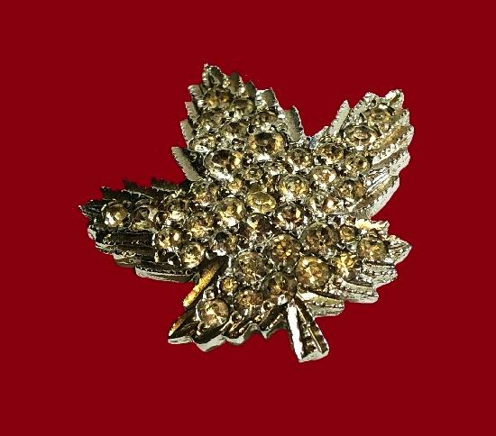 Maple leaf gold tone green rhinestones brooch pin