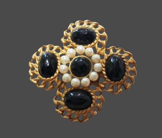 Onyx faux pearl gold tone Maltese cross brooch