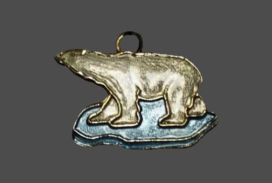 Polar bear charm. Sterling silver, enamel