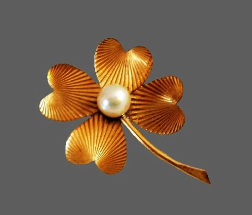 Shamrock 12 K gold filled faux pearl brooch