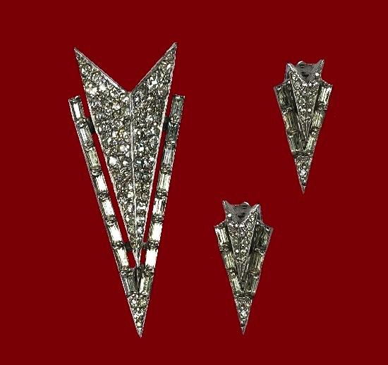 Space rocket shaped brooch and earrings. Silver tone, rhinestones