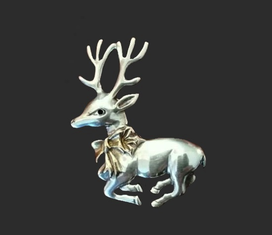 Stag sterling silver pin