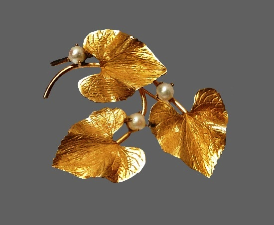 Three leaves 12 K gold filled pearls brooch