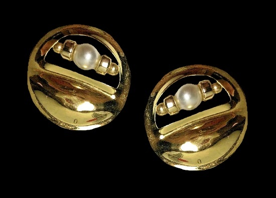 1994 gold plated faux pearls earrings