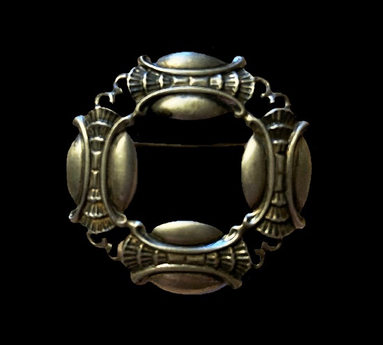 Art Deco design sterling silver brooch. Ruopoli for Danecraft