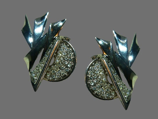 Art Deco style silver tone Swarovski crystals clip on earrings. 1980s