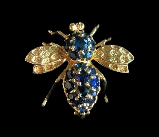 Bee brooch. 14 K gold filled metal alloy, rhinestones