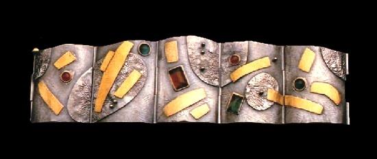 Pods and Crystals #2 hinged bracelet. Sterling silver, 18k gold, colored gemstones. 1987