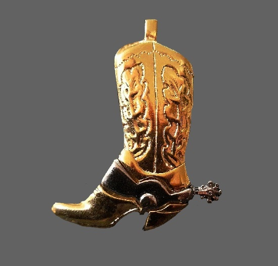 Cowboy Boot pendant brooch of gold tone