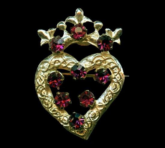Crowned heart brooch. Sterling silver, amethyst