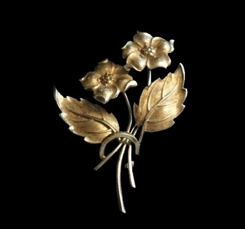 Double flower brooch. 925 sterling silver. 4 cm. 1960s