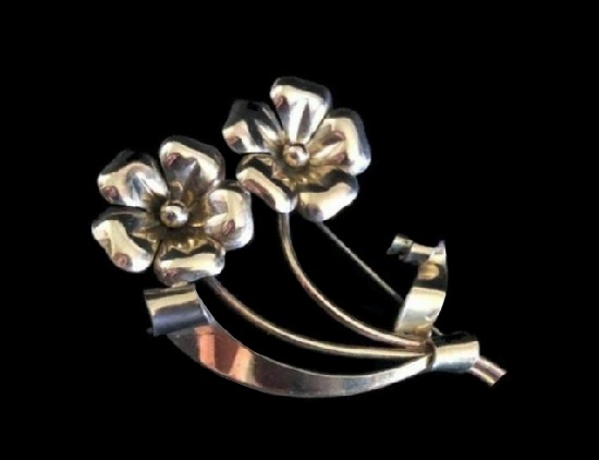 Double flower gold filled brooch. 1920s