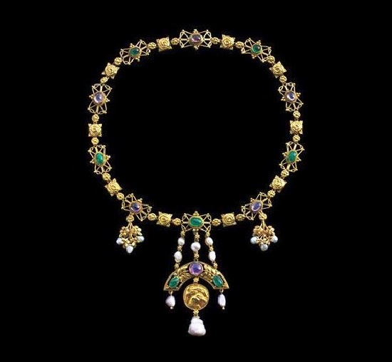 Early 1900s Gem set gold necklace