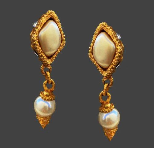 Faux baroque pearls white rhinestones gold tone dangle earrings