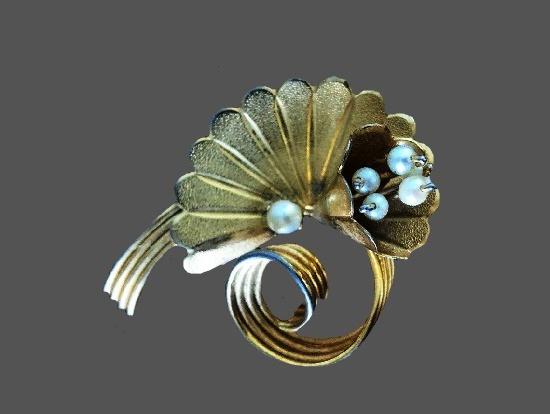 Faux pearl 14 K gold filled brooch