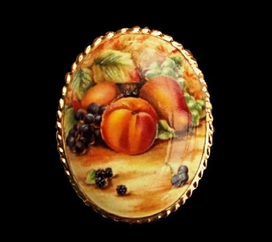 Fruit still life vintage porcelain brooch. 5 cm. 1950s