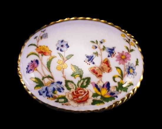 Garden flowers porcelain brooch. 5.2 cm. 1980s