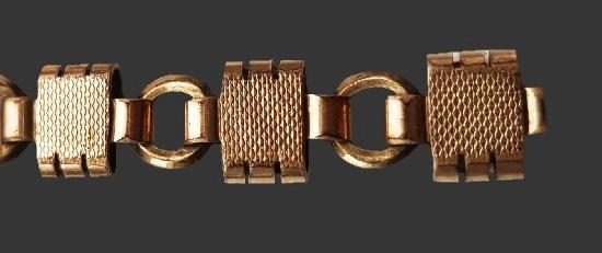 Gold plated link bracelet. 18 cm. 1940s