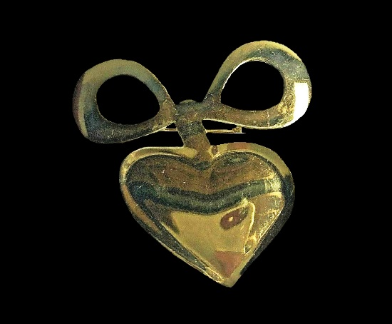 Heart and bow gold tone pin