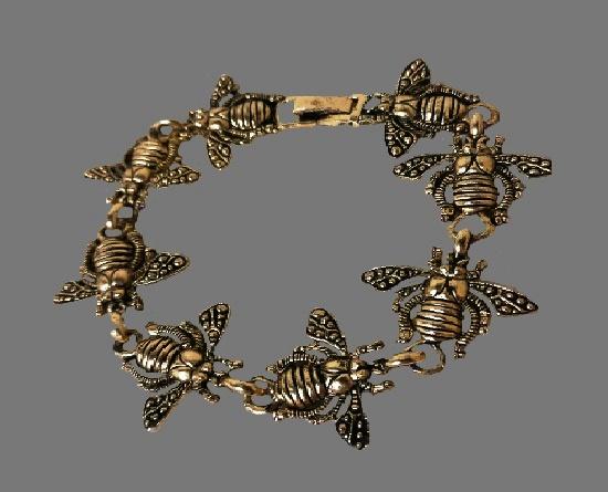 Honey Bee link gold tone bracelet. 1995