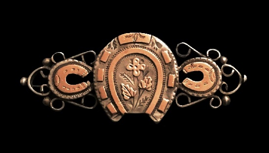 Horseshoe Victorian brooch. Rosegold and silver. 1894