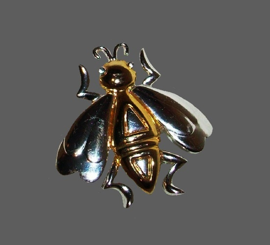 Insect fly gold and silver tone pin