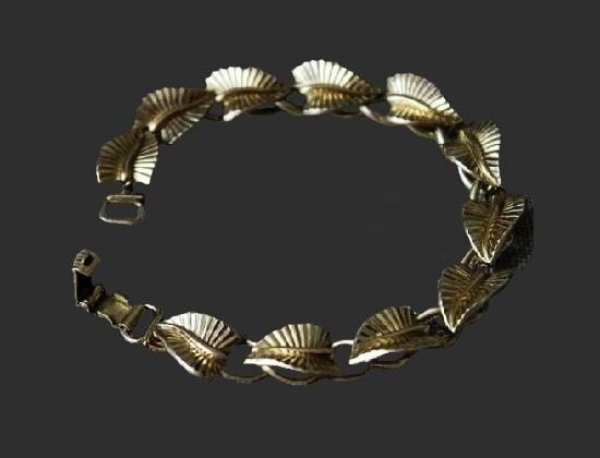 Leaf design sterling silver bracelet